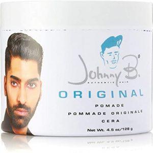 Cette pommade a une tenue légère. C'est le premier produit crée par Johnny B. à base d'huile de qualité, utilise de la vaseline blanche pour donner une brillance ultime aux coupe stylisée.