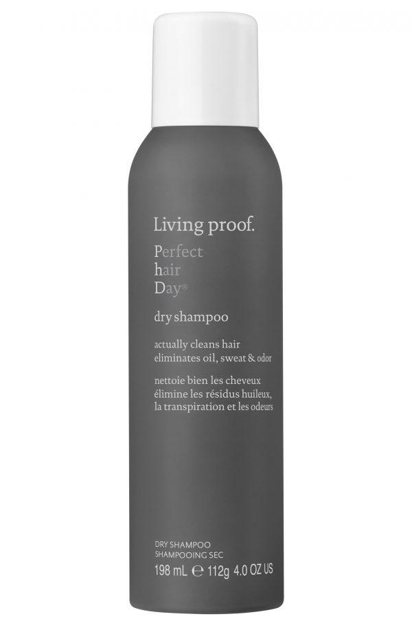 Nettoie bien les cheveux élimine les résidus huileux, la transpiration et les odeurs.