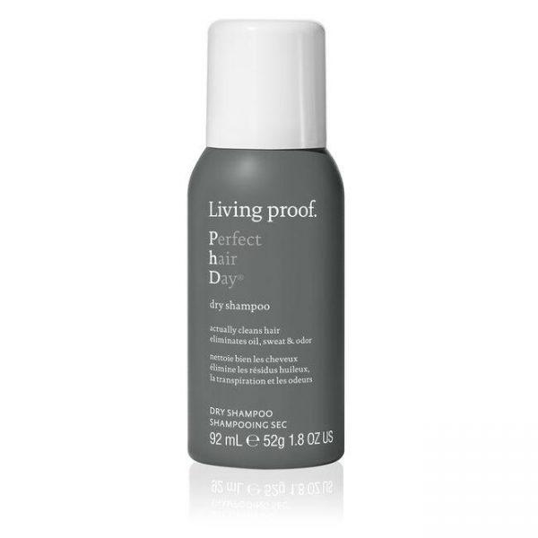 Day shampoo Nettoie bien les cheveux élimine les résidus huileux, la transpiration et les odeurs.