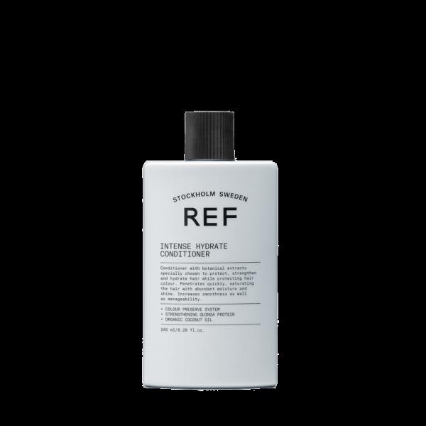 Après-shampooing aux extraits botaniques spécialement choisis pour protéger, fortifier et hydrater les cheveux tout en protégeant la couleur des cheveux. Pénètre rapidement, saturant les cheveux d'une humidité et d'une brillance abondantes. Augmente la fluidité ainsi que la facilité de gestion.