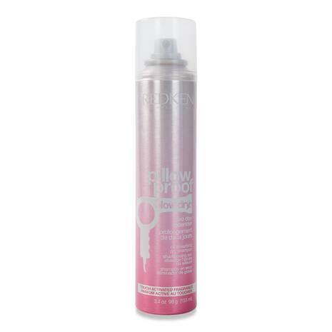 Prolongez la tenue de toutes vos coiffure avec ce shampoing sec qui absorbe le sébum et qui donne une éclatante sensation de fraîcheur au toucher. Prolonge le shampoing de deux jours. Parfum activé au toucher.