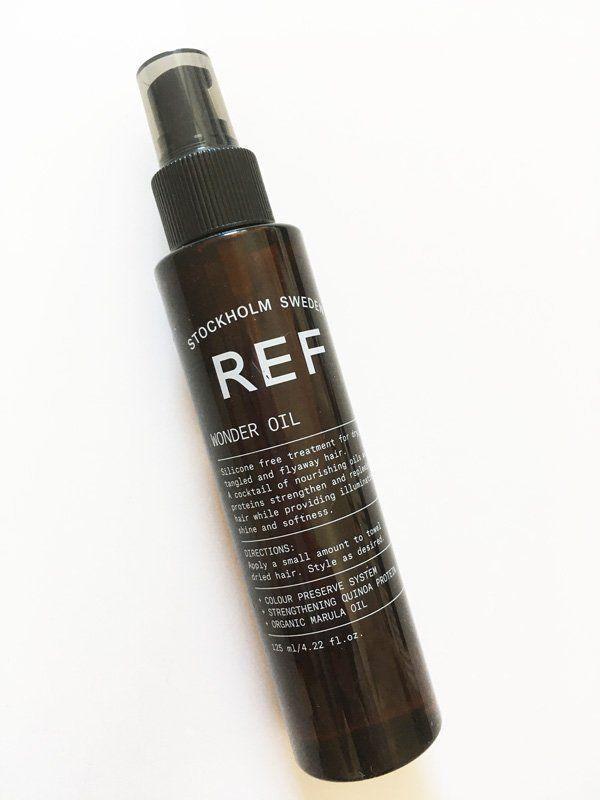 Formule sans silicone. Traitement pour cheveux sec, mêlant et cassant. Mélange d'huile de marula nourrissante et de protéines de quinoa qui renforcent les cheveux. Ajoute de la brillance et de la douceur.