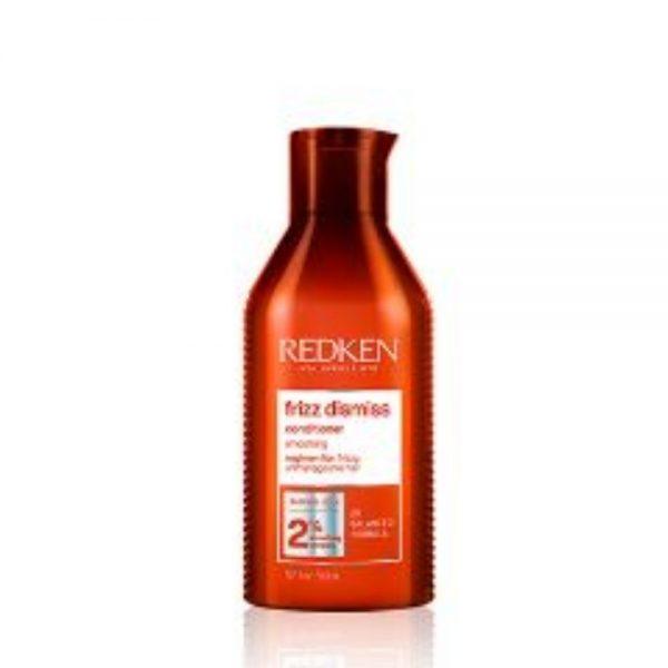 Après-Shampoing frizz dismiss Redken est un lissant pour les cheveux frisottés et difficiles à maitriser. Avec une formule de PH balancé.